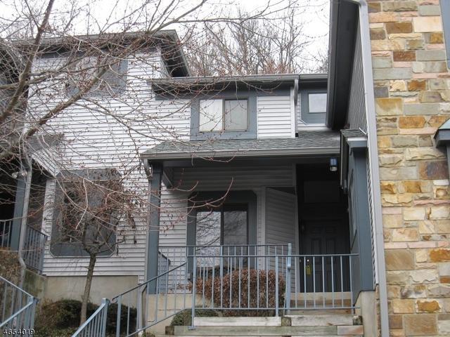 113 Overlook Dr, Hackettstown, NJ 07840