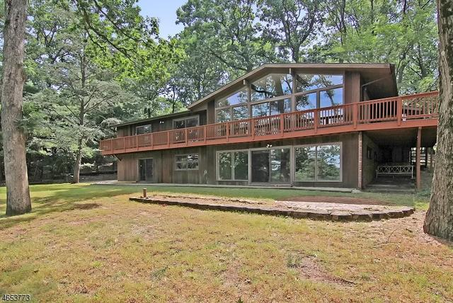 41 Stanie Brae Dr, Watchung, NJ 07069