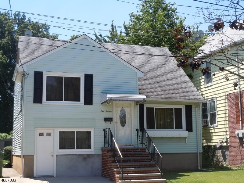 111 Adams St, Linden, NJ 07036