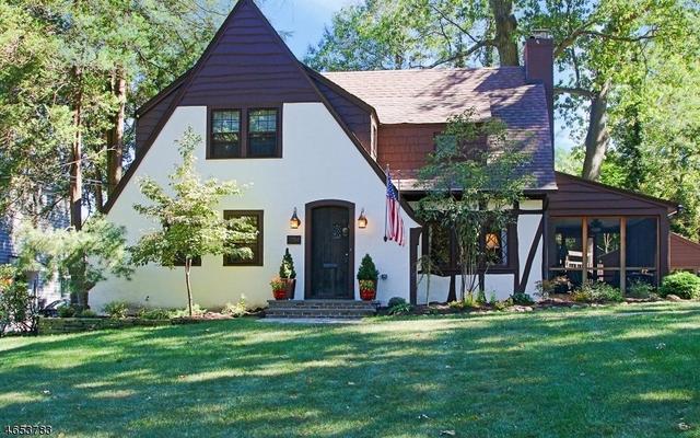 1754 Sleepy Hollow Ln, Plainfield, NJ 07060