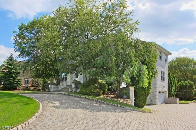 31 Fox Run, North Caldwell, NJ 07006