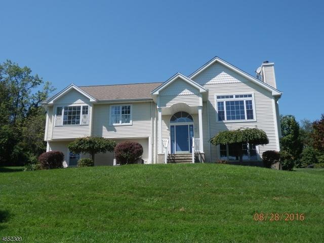 16 Drew Rd, Sussex, NJ 07461