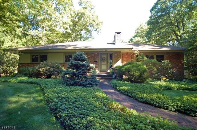 136 Orchard Rd, Watchung, NJ 07069