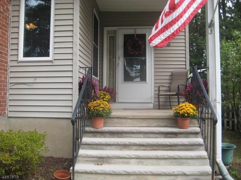 16 Lafayette Street, Wharton, NJ 07885