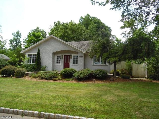 105 Chesapeake Ave, Parsippany-troy Hills Twp., NJ 07034