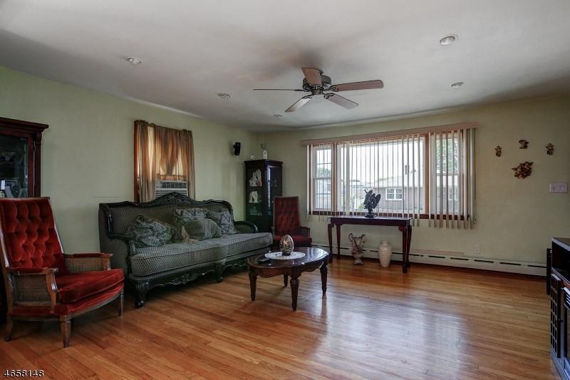 74 Longfellow St, Carteret, NJ 07008