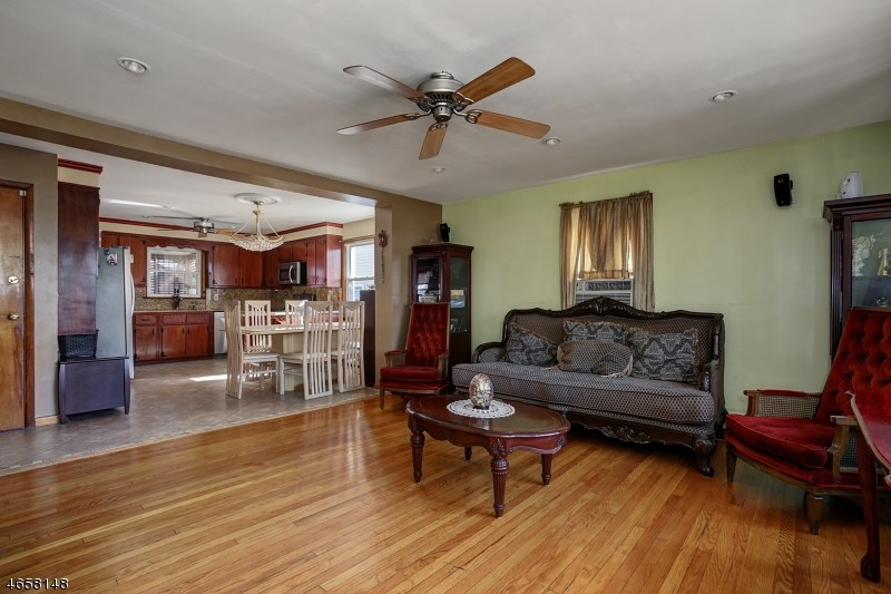 74 Longfellow Street, Carteret, NJ 07008