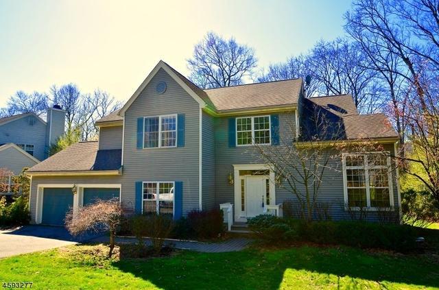 69 School House Rd, Oak Ridge, NJ 07438