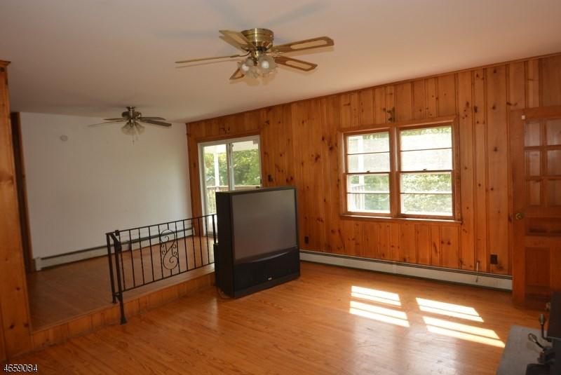 501 Pocasset Road, Highland Lakes, NJ 07422