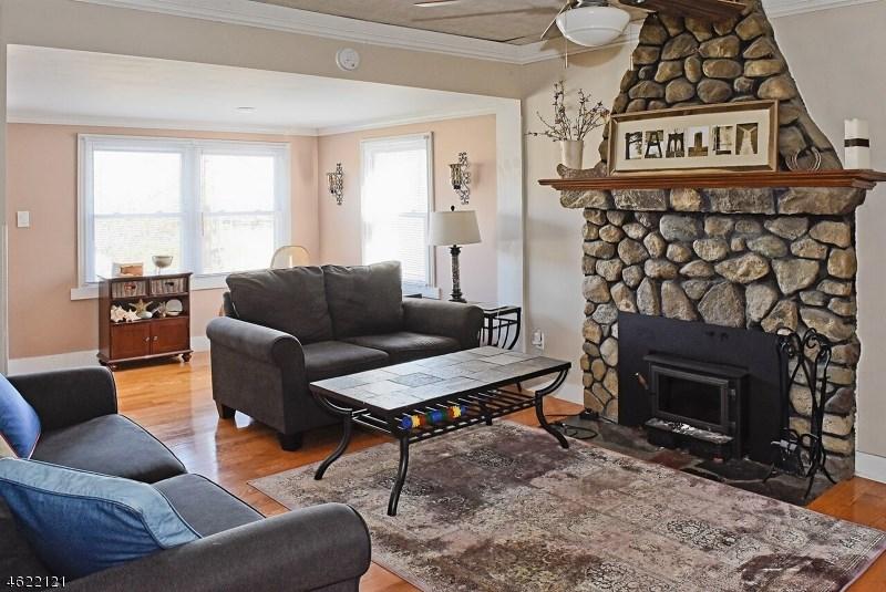 110 Yacht Club Drive, Lake Hopatcong, NJ 07849