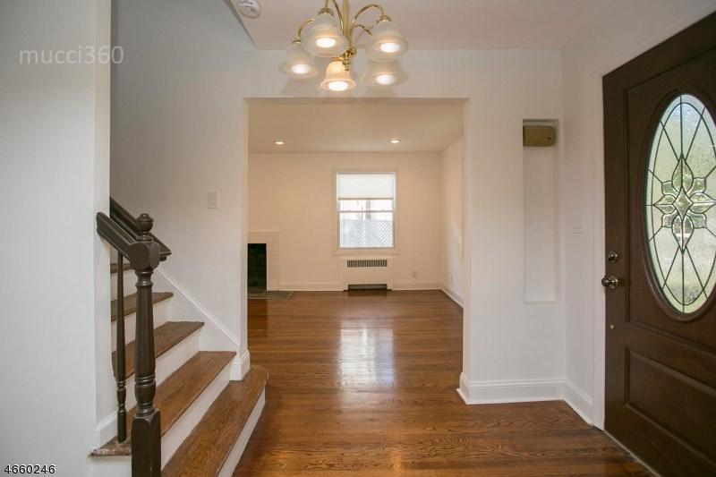 58 Grayson Place, Teaneck, NJ 07666