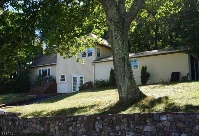 154 Valley View Dr, Rockaway, NJ 07866