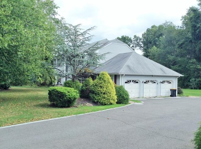 4 Fox Hill Rd, Princeton, NJ 08540