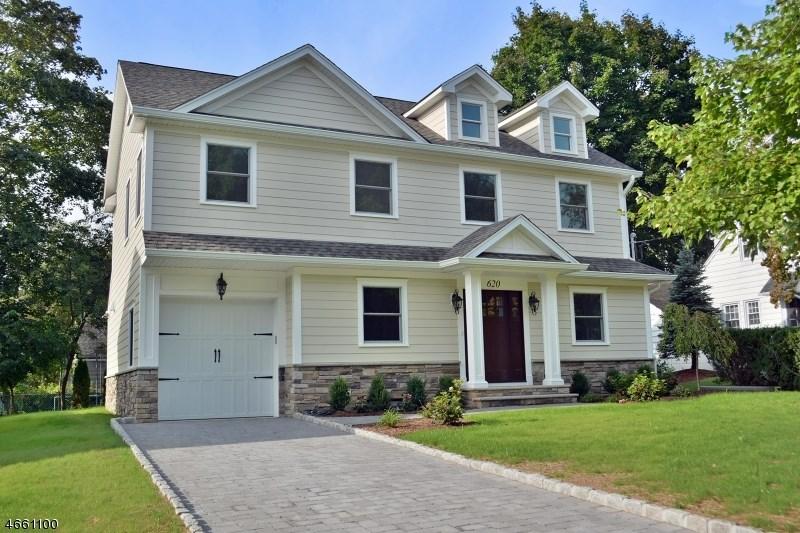 620 Albert Pl, Ridgewood, NJ 07450
