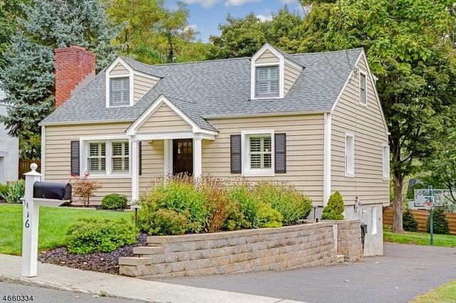 16 Lindbergh Ln, Basking Ridge, NJ 07920