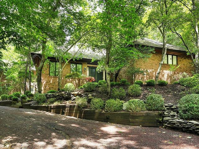 134 Rippling Brook Way, Bernardsville, NJ 07924