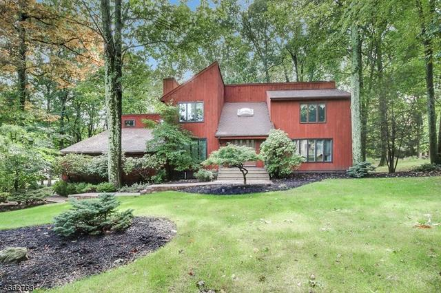 39 Tammy Hill Trl, Randolph, NJ 07869