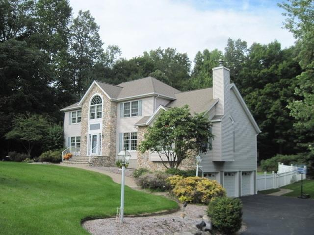 6 Oak Hill Dr, Vernon Twp., NJ 07462