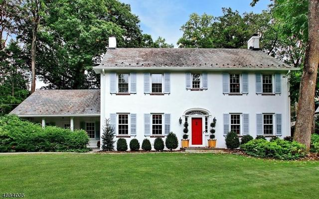 30 Old Chester Rd, Essex Fells, NJ 07021