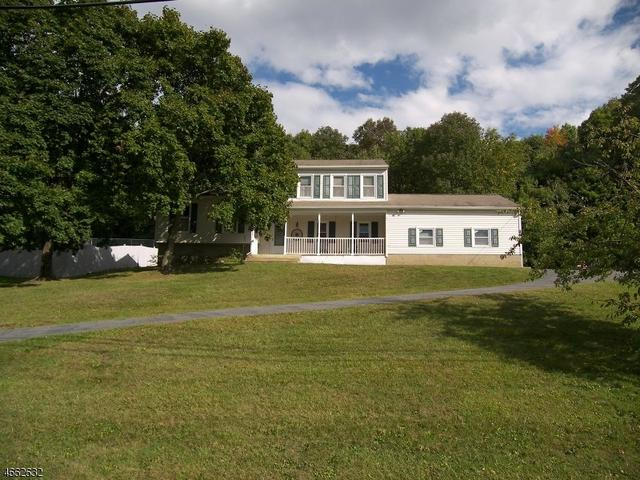 84 Vreeland Rd, West Milford, NJ 07480