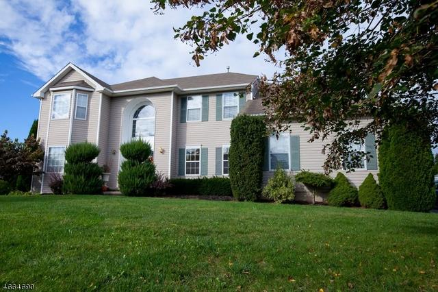 6 Hageman Rd, Somerset, NJ 08873