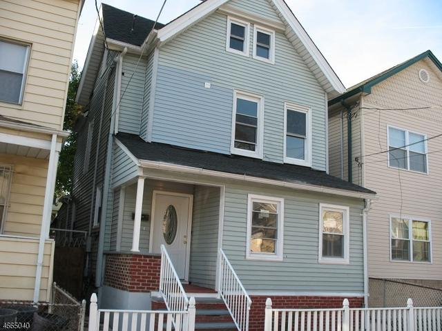136 Smith St, Elizabeth, NJ 07201
