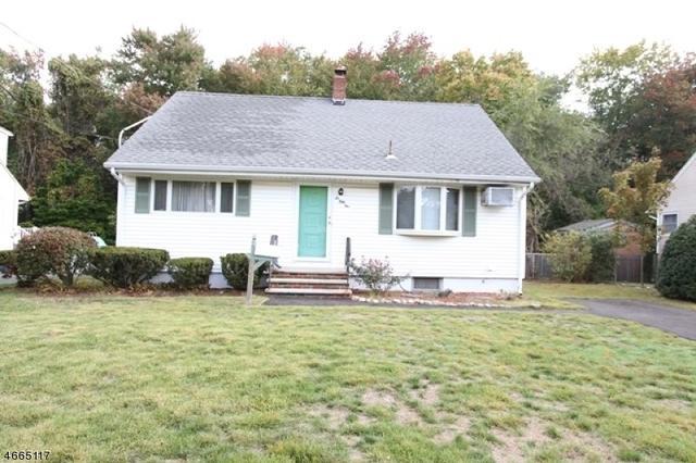 651 Newcomb Rd, Ridgewood, NJ 07450