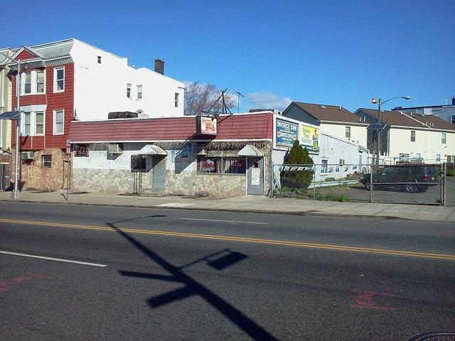 706 Springfield Ave, Newark, NJ 07103
