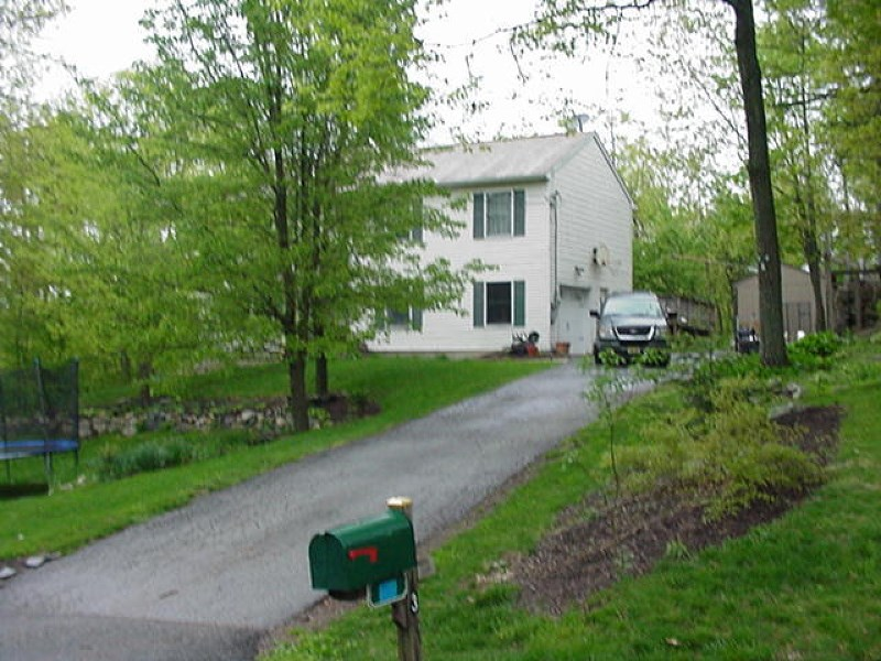 3 Hemlock Triangle, Highland Lakes, NJ 07422
