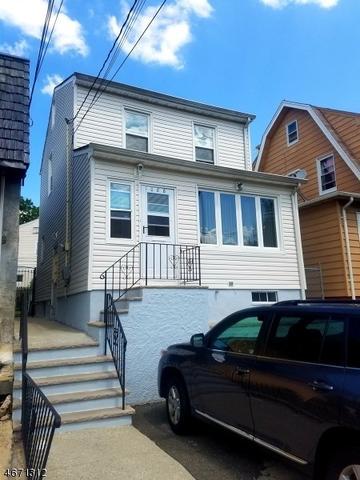1088 Salem Rd, Union, NJ 07083