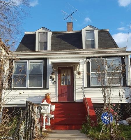 560 Scotland Rd, Orange, NJ 07050
