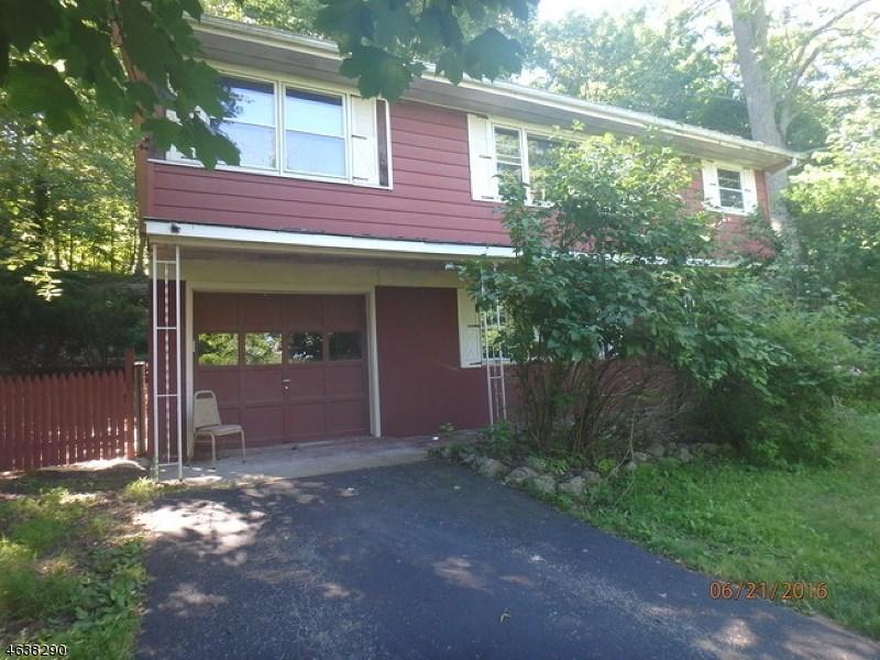 143 Forest Lake Dr N, Byram Township, NJ 07821