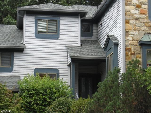 41 Overlook Dr, Hackettstown, NJ 07840