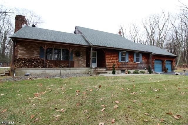 947 Old Schoolhouse Rd, Blairstown, NJ 07825