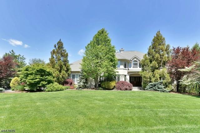 2 Hunter Rdg, Woodcliff Lake, NJ 07677