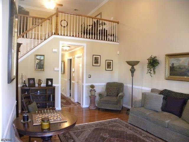 224 Terrace Lake Dr, Butler, NJ 07405