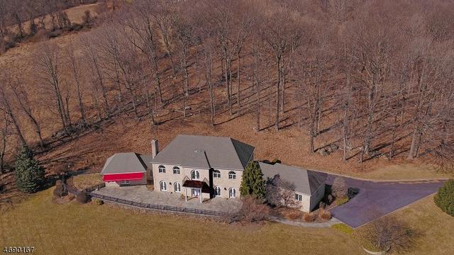 3 Alpaugh Farm Rd, Lebanon, NJ 08833