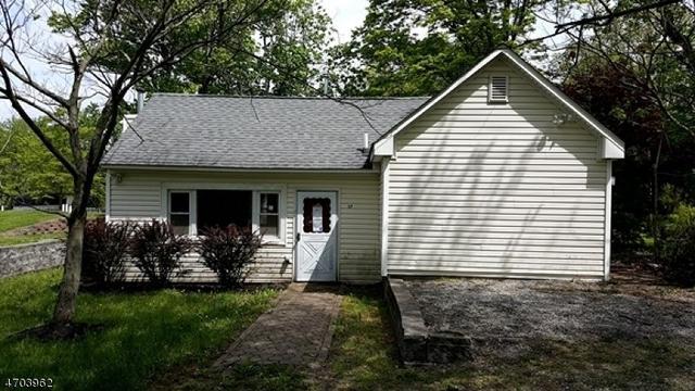 17 Featherbed Ln, Flemington, NJ 08822