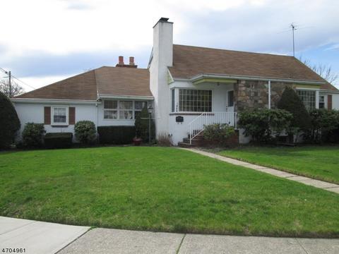 946 Ramapo Ave, Pompton Lakes, NJ 07442 MLS# 3380090 - Movoto.com
