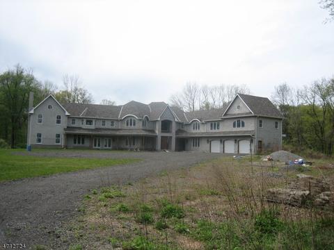 98 Meyer Farm Rd, Boonton, NJ 07005