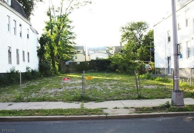 263 N 19th St, East Orange, NJ 07017