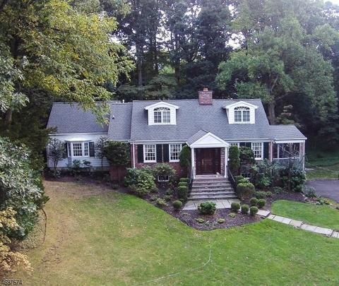 10 Brantwood Ter, Short Hills, NJ 07078