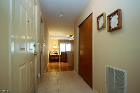 25 Gina Ct #25, East Hanover, NJ 07936 MLS# 3441265   Movoto.com