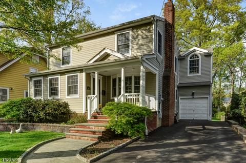 45 Brookside Ave, Livingston, NJ 07039