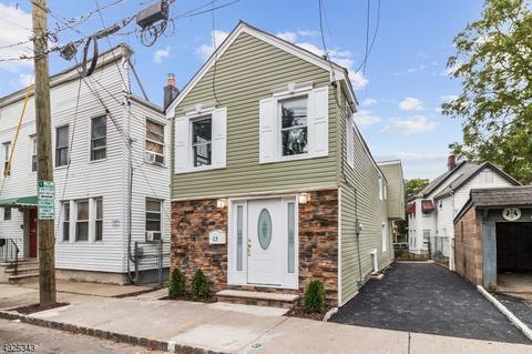 13 New St, Montclair, NJ 07042