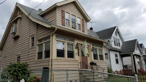 929 Hudson St, Gloucester City, NJ 08030