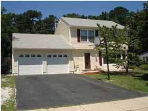 615 Haifa Ct, Toms River, NJ 08753