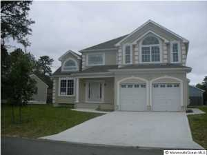 1541 3rd Ave, Toms River, NJ