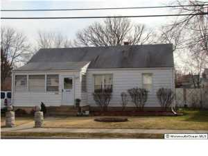 408 Chestnut St, Lakehurst, NJ