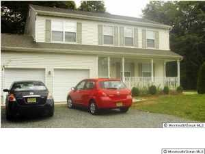 19 Powell Ln, Barnegat, NJ